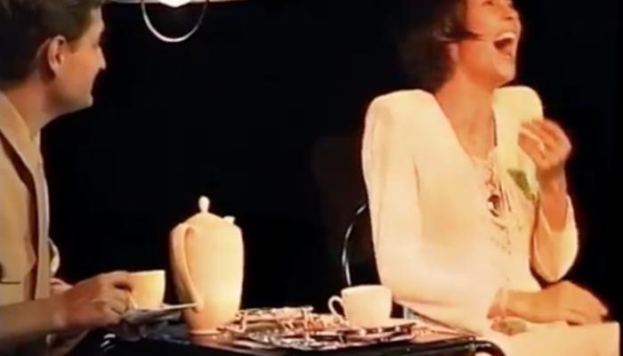 Скриншот спектакля «Любовь и всякое такое»
