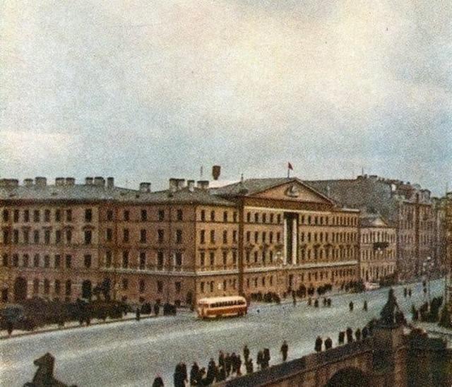 Вид на Аничков мост