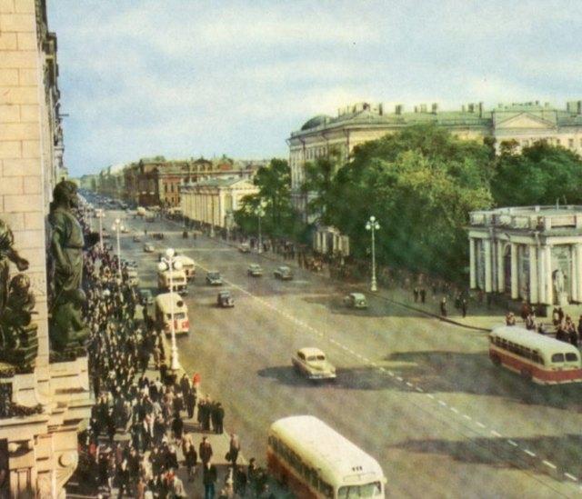 Вид на флигель Дворца пионеров и школьников