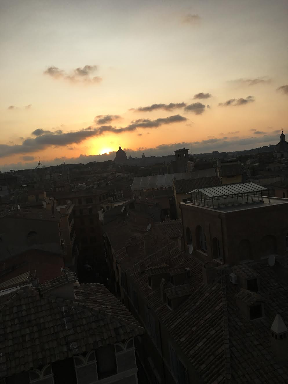 Закат. Вид с крыши отеляEitch Borromini