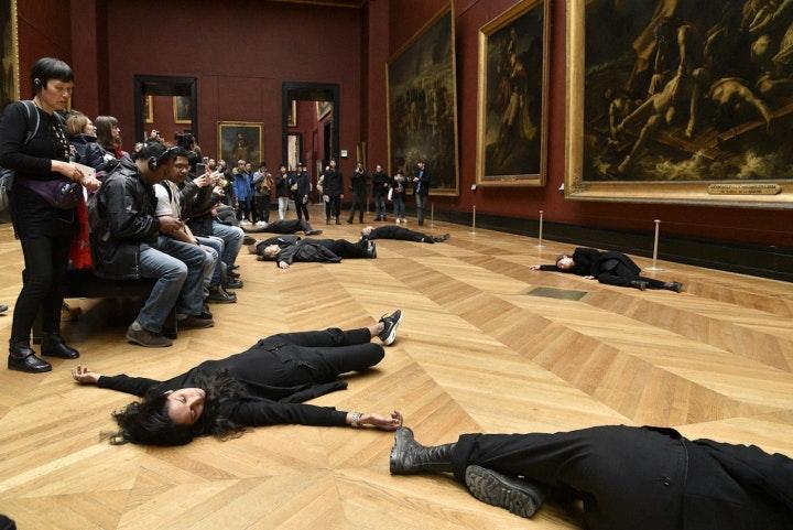 Libérons le Louvre