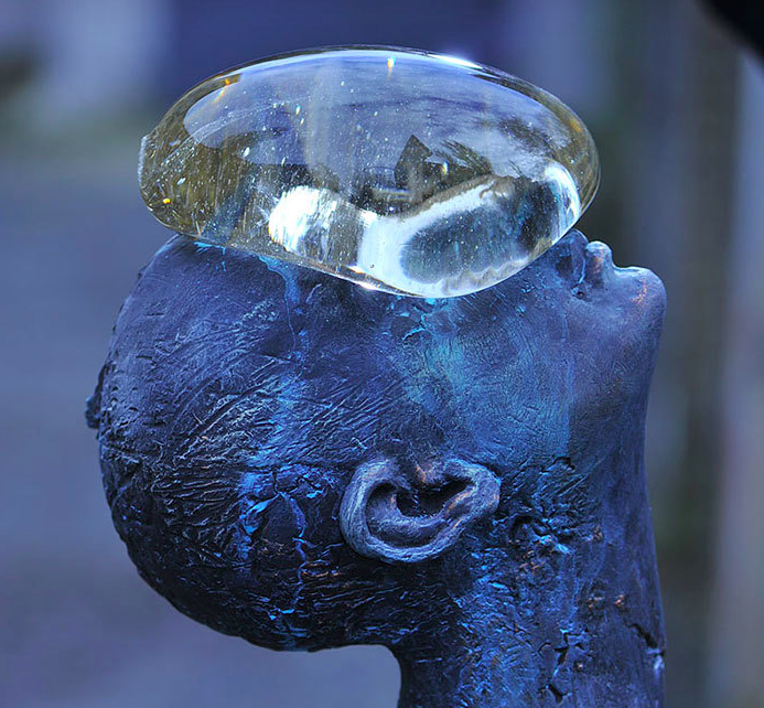 Назар Билык / «Дождь», фрагмент скульптуры / 2011