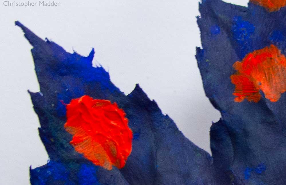 Кристофер Мэдден / фрагмент «Лист меняет цвет осенью», лист, акриловая краска / сентябрь 2018